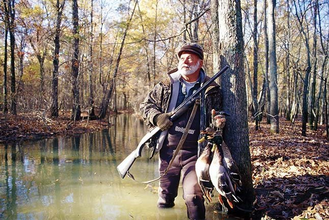 arkansas duck hunting guides flooded timber