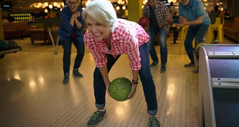 guide to buying a bowling ball