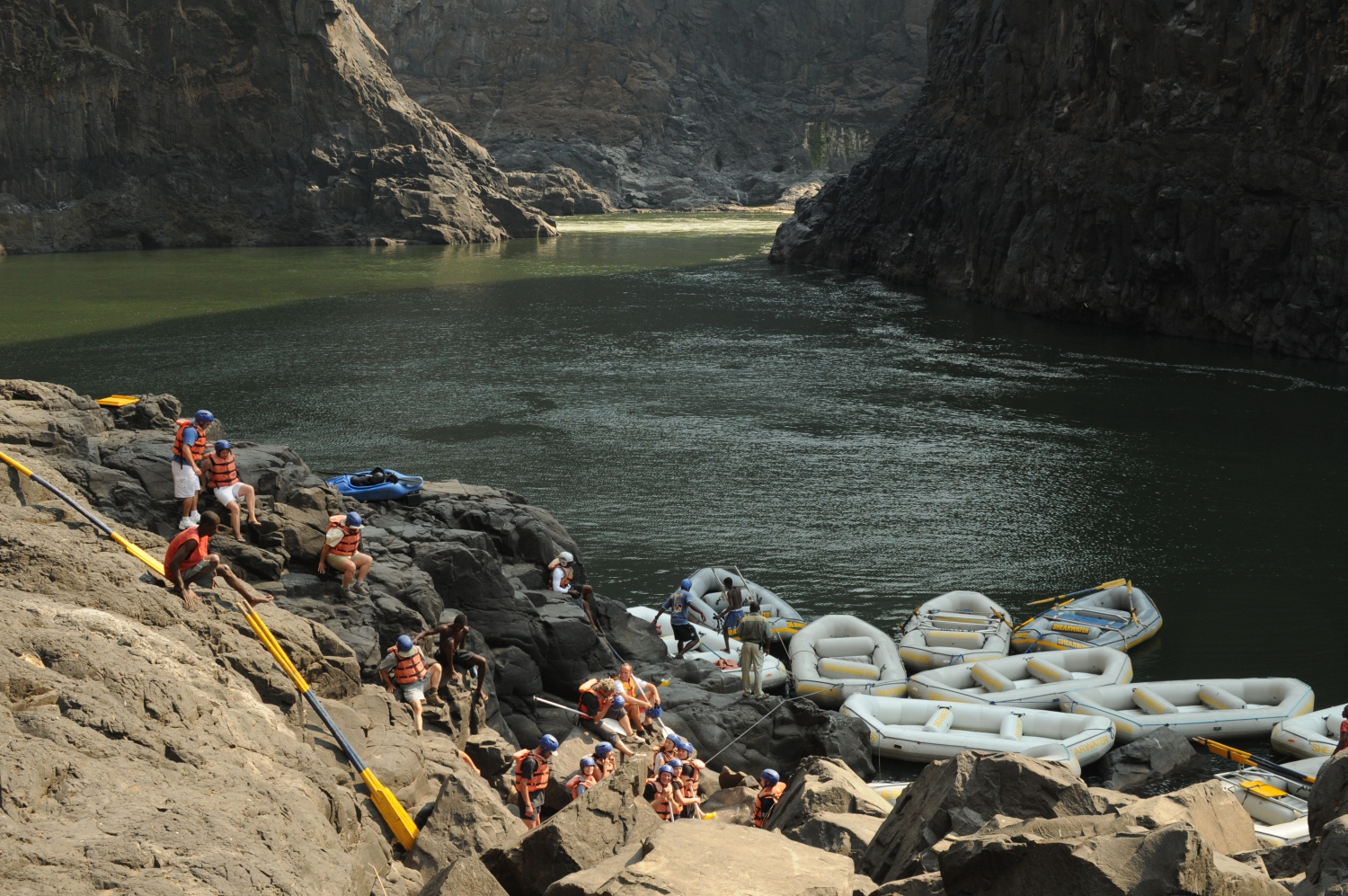 white water rafting guide jobs